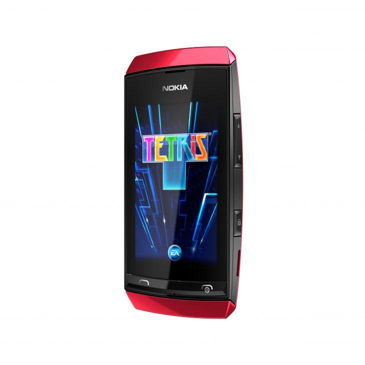 700-nokia-asha-305-red-tetris