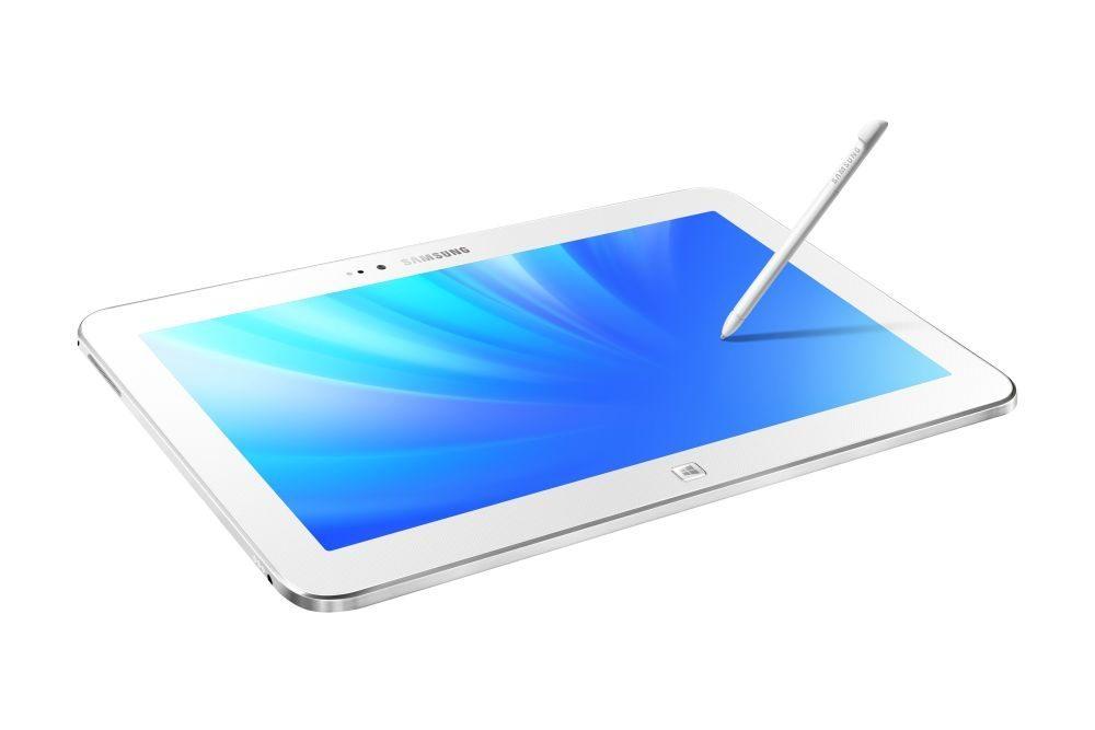 300TZCI_09_Dynamic-pen_White