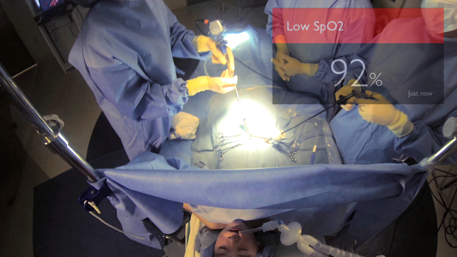 View_of_vital_signs_during_surgery_2_lrg