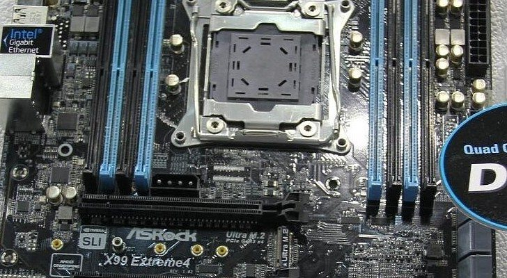 Computex-2014-ASRock-X99-Extreme4-and-X99-Extreme6-LGA-2011-Motherboards