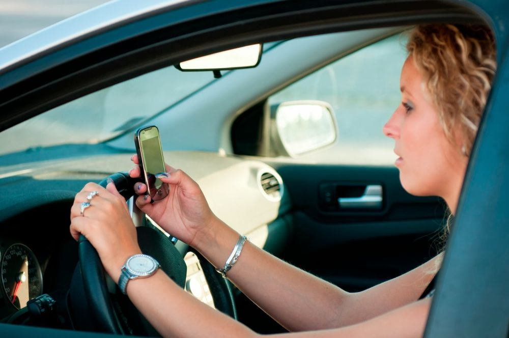 Maryland-cell-phone-driving-law