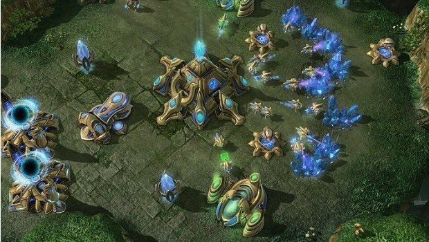 starcraft-2-protoss-base-header-620x350