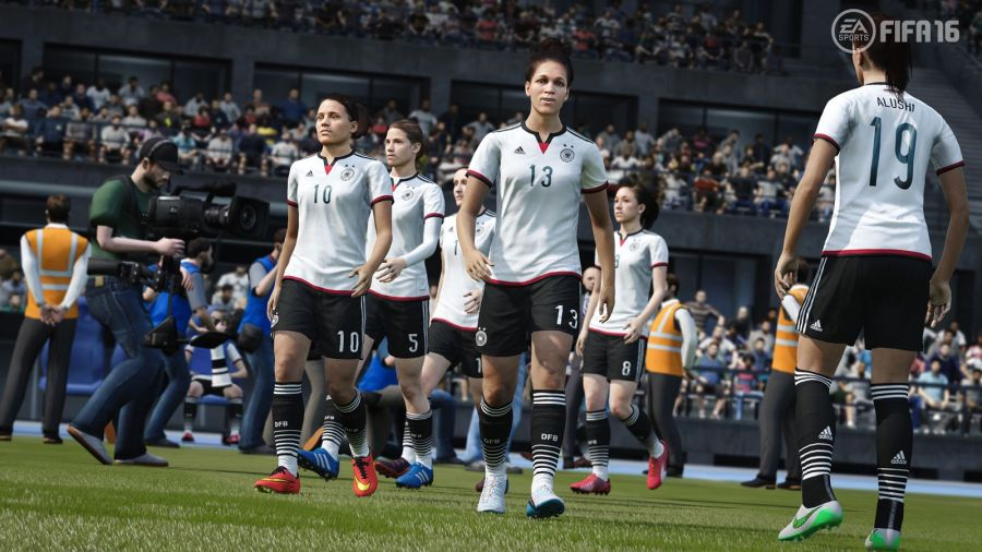 FIFA16_XboxOne_PS4_Women_Germany_LR