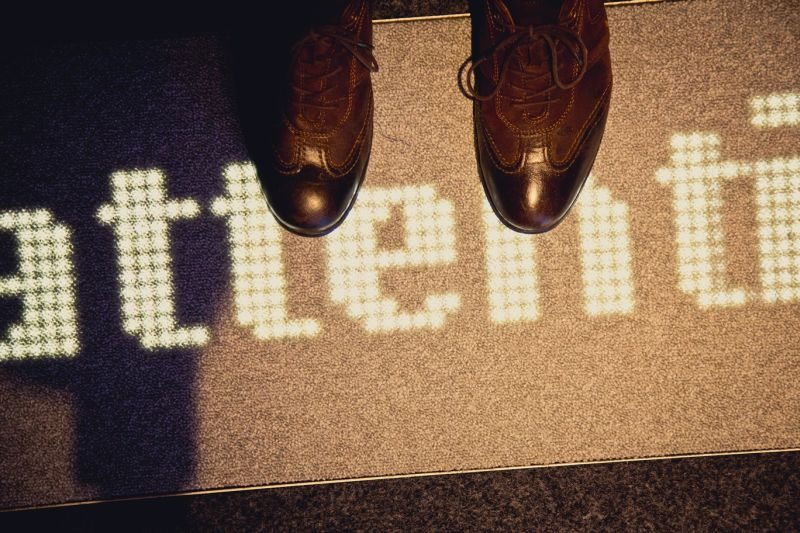 Luminous_Carpet_1