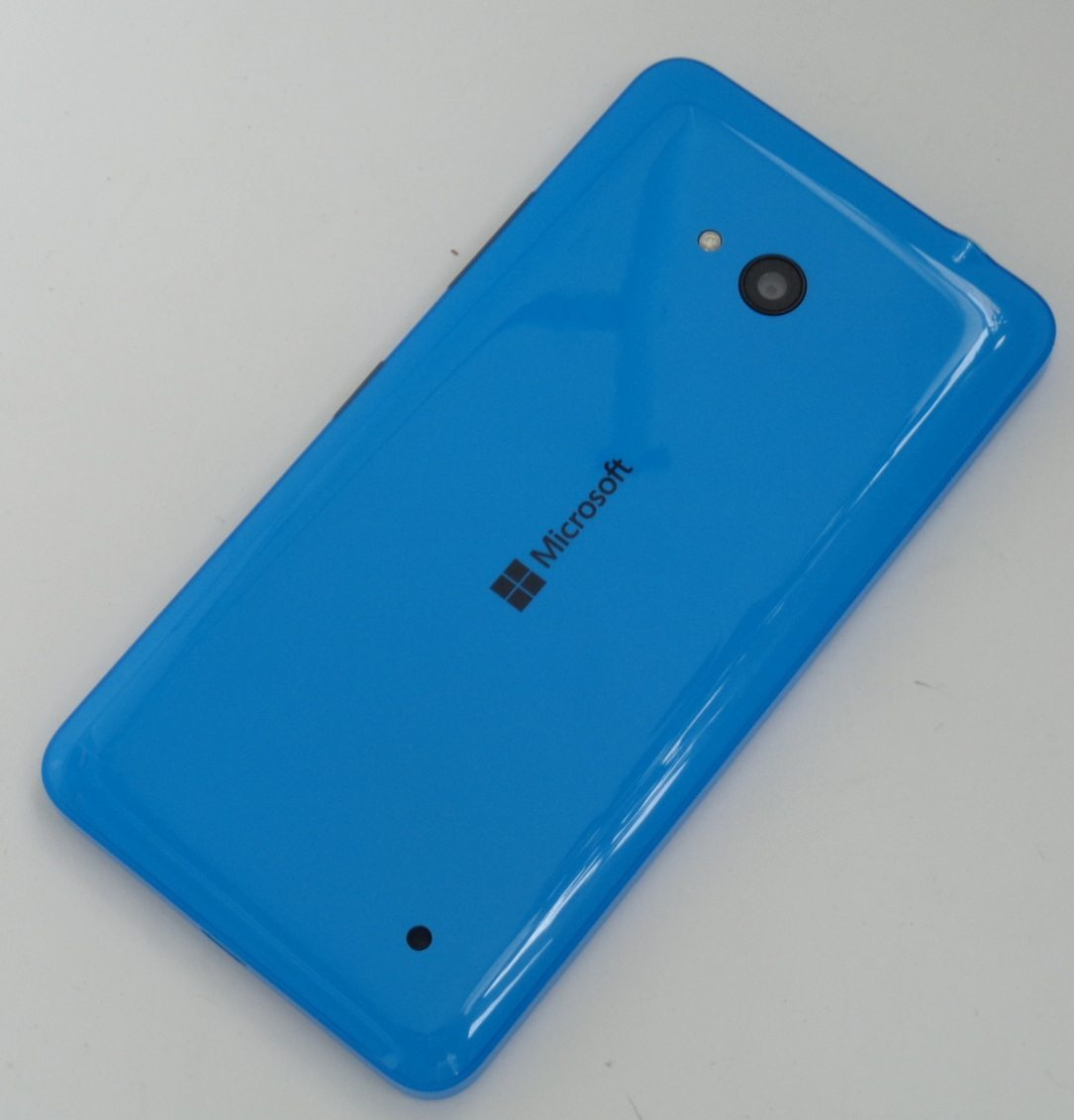 Microsoft Lumia 640 LTE back