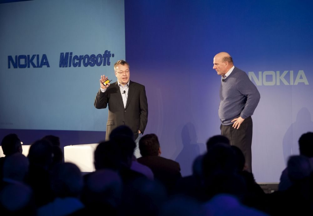 Stephen-Elop_Nokia-President-and-CEO-and-Steve-Ballmer-Microsoft-CEO_3