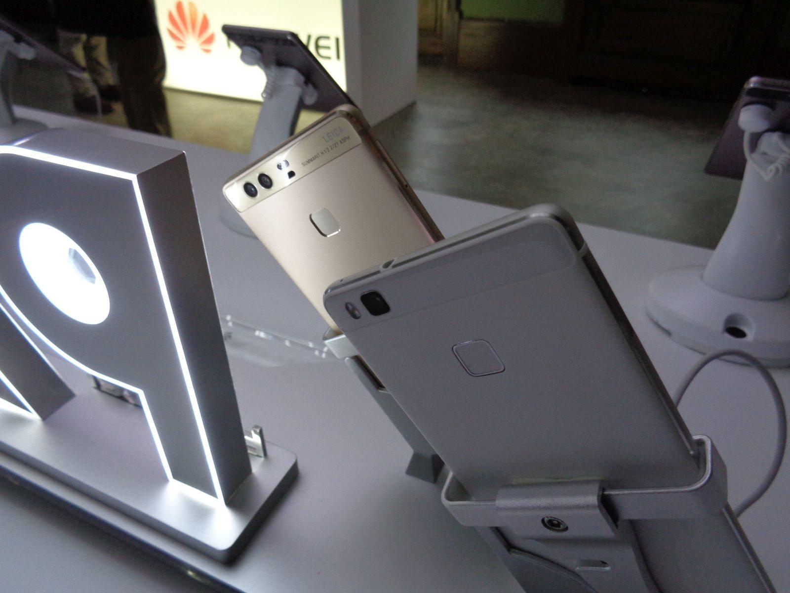 Huawei P9, P9 Plus back flash