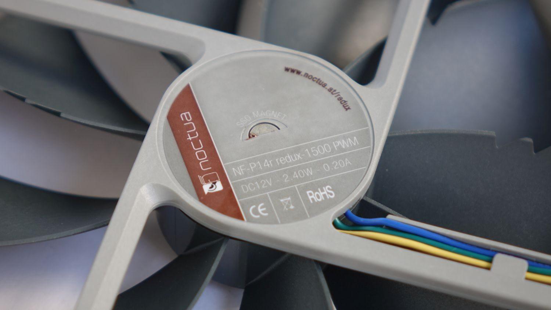 Noctua NF-P14r redux-1500 PWM mark