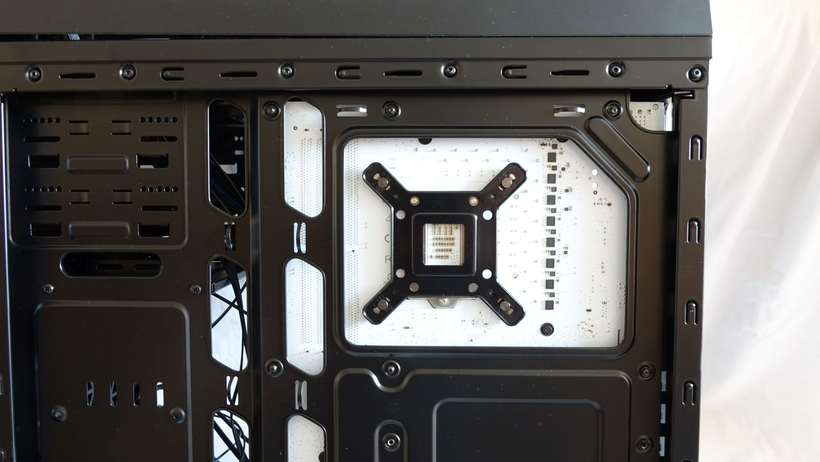 Cryorig A40 Ultimate back plate
