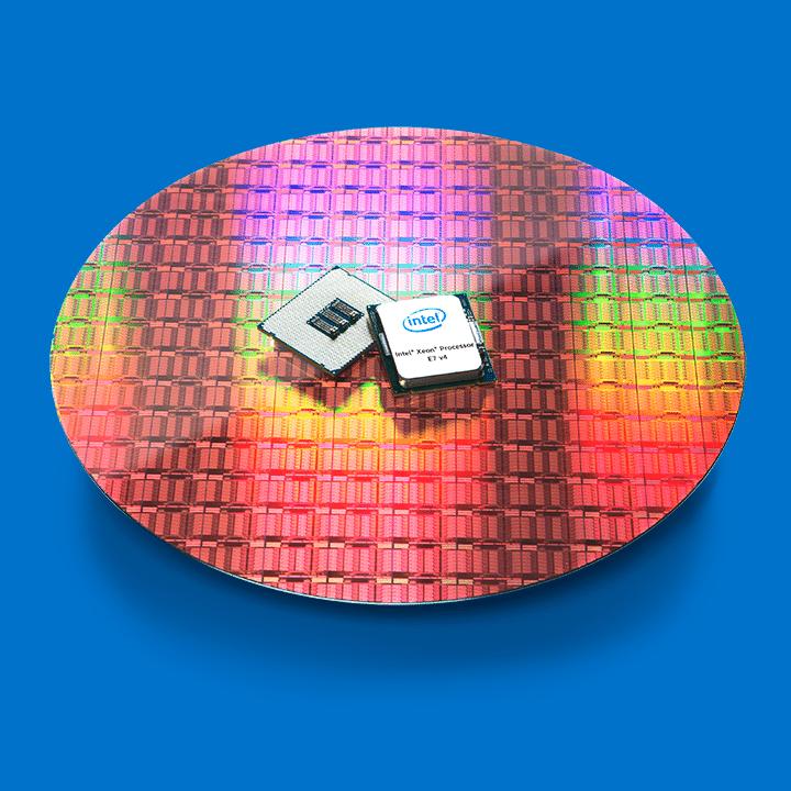 Xeon E7v4 on wafer blue