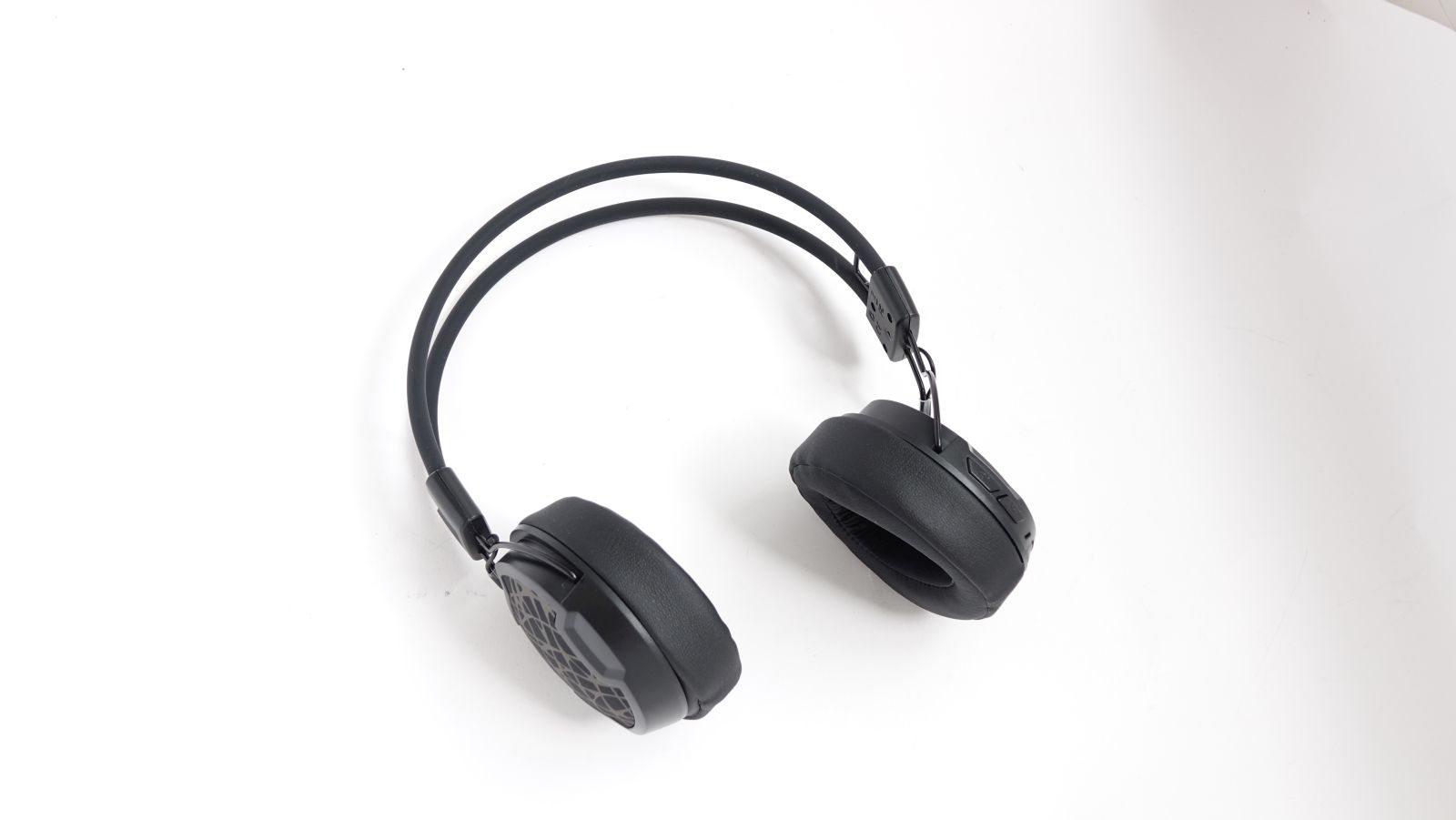 Arctic P604 Wireless main