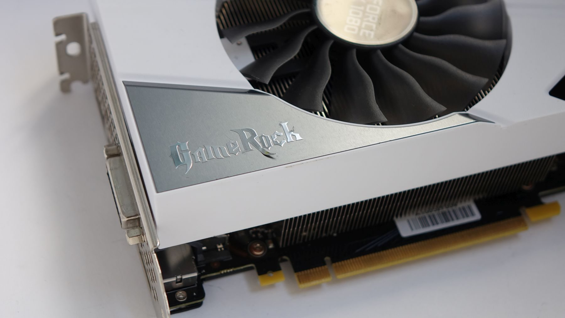 видеокарты Palit GeForce GTX 1080 GameRock Premium Edition mini