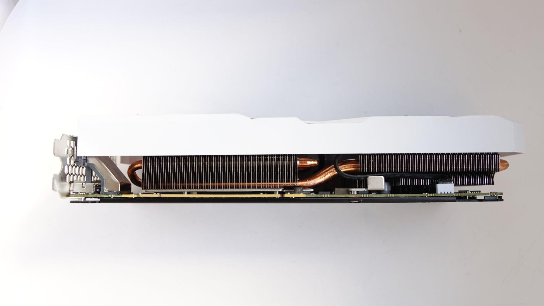 Palit GeForce GTX 1080 GameRock Premium Edition tubes