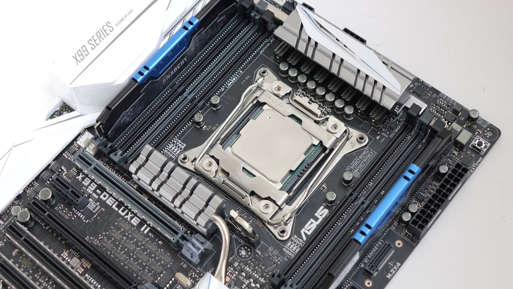 Intel Xeon E5-2609 v4 on asus x99