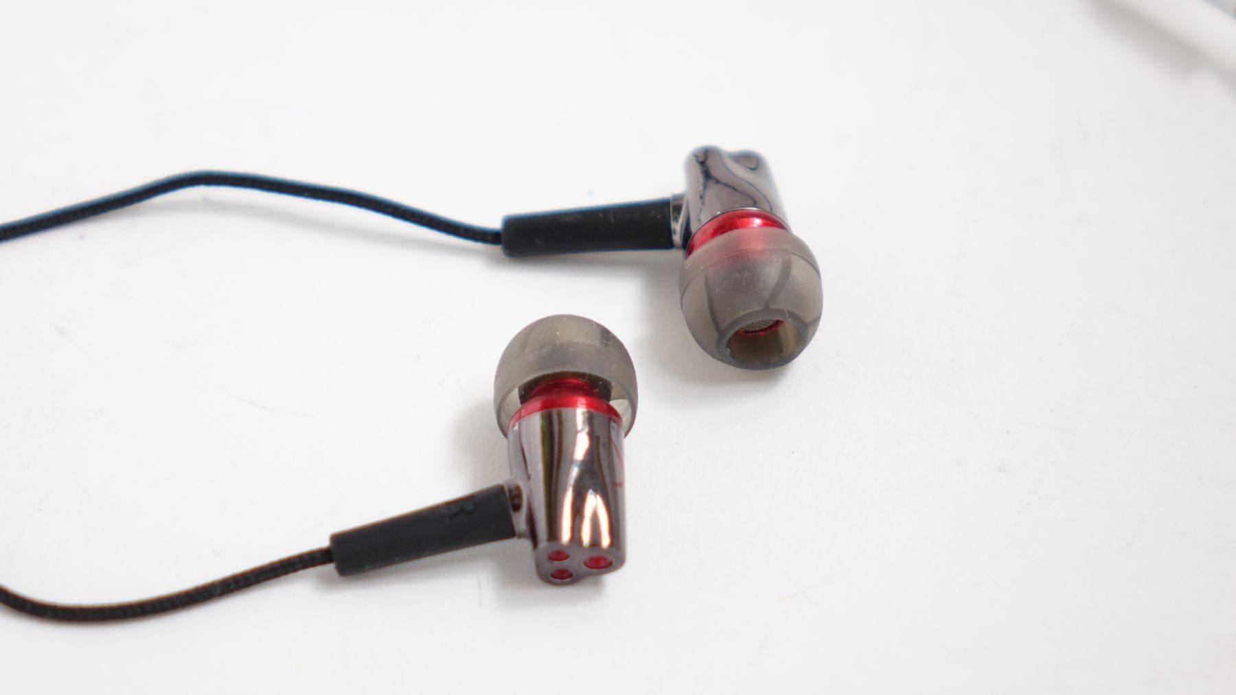 Creative Sound BlasterX P5 close