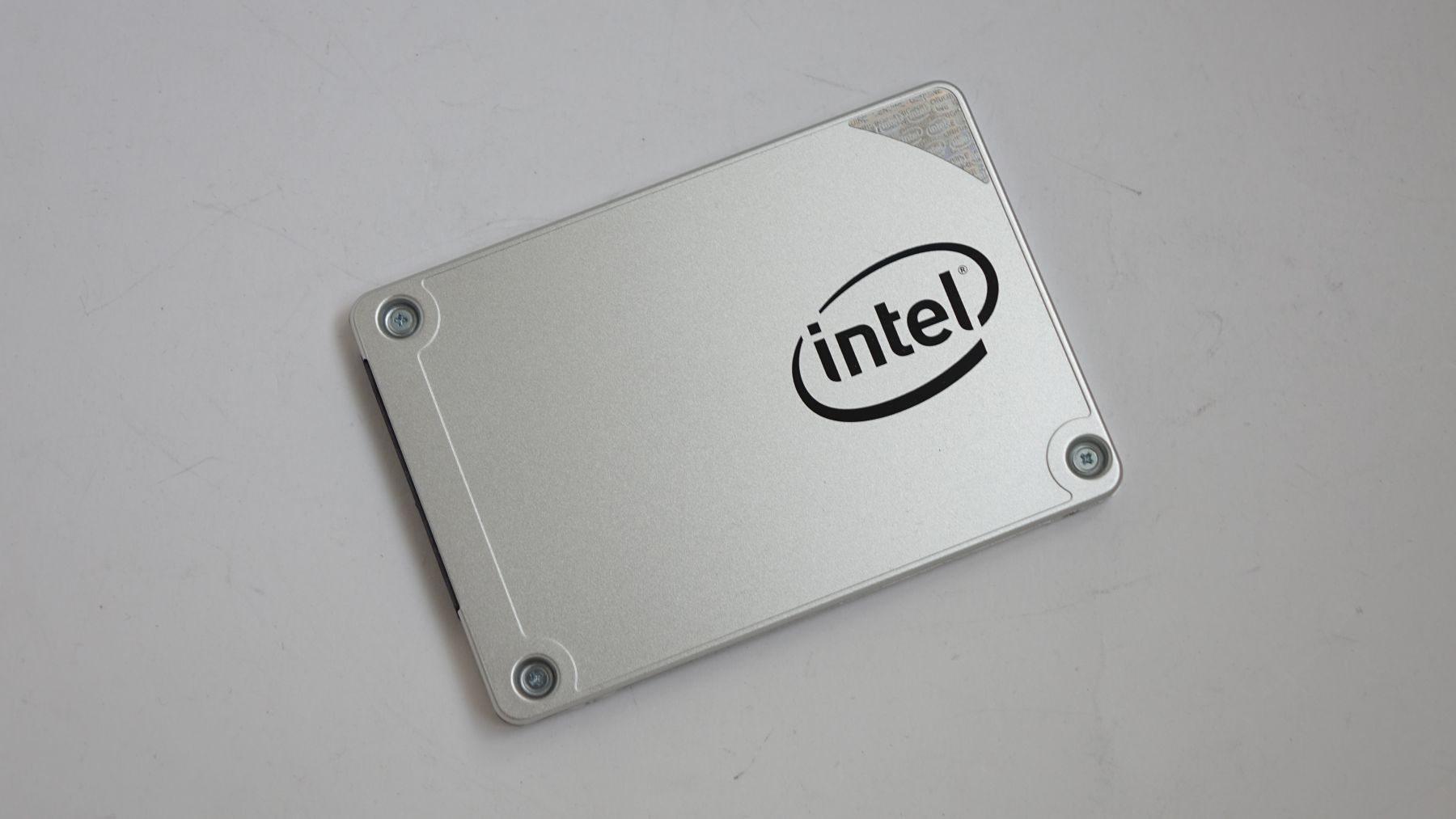 Intel SSD 540S hero