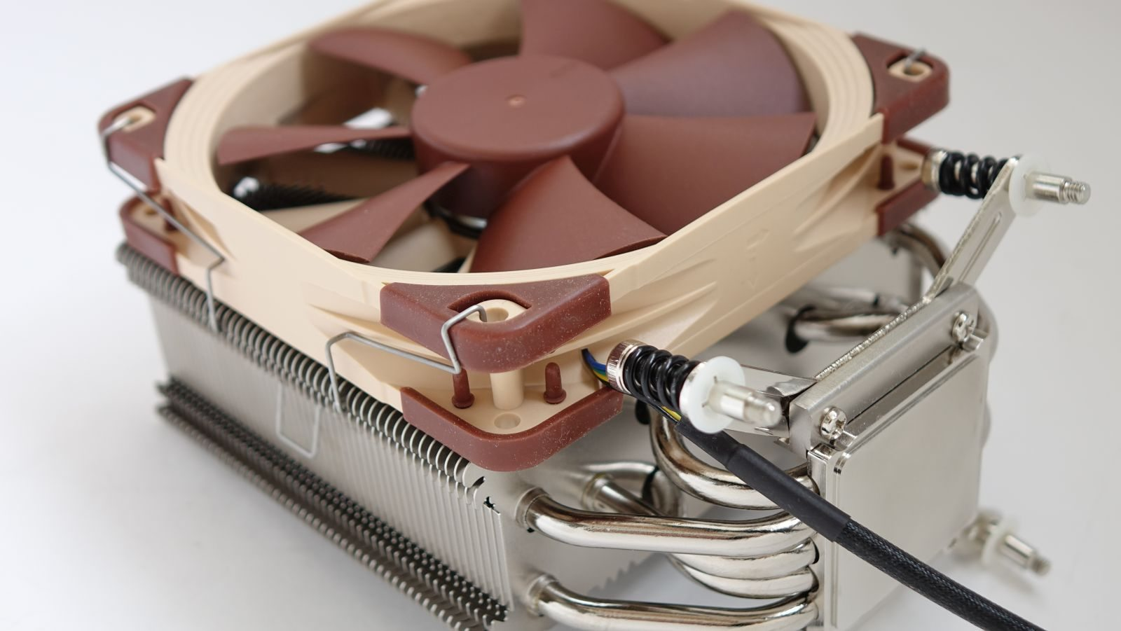 Noctua NH-U12DX i4 миниатюра