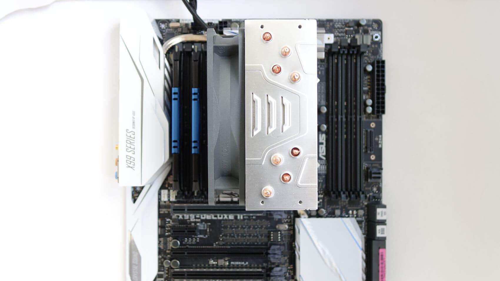 Arctic Freezer i32 CO компактный