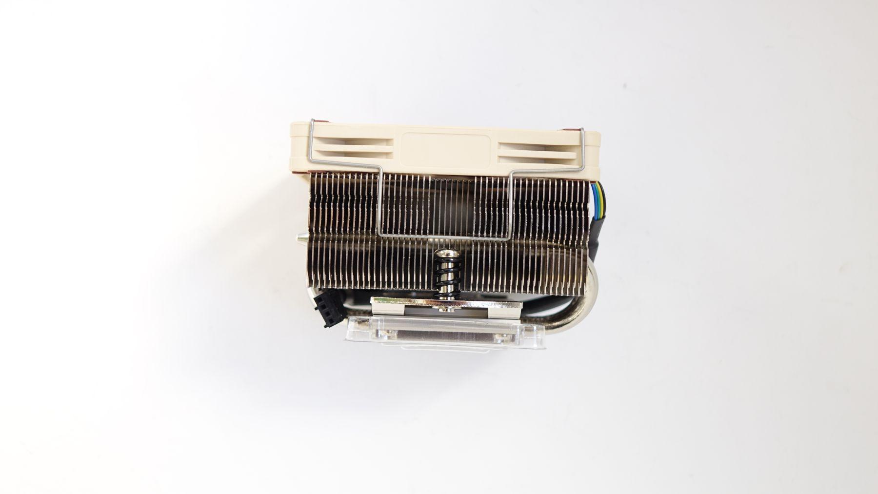 радиатор сбоку