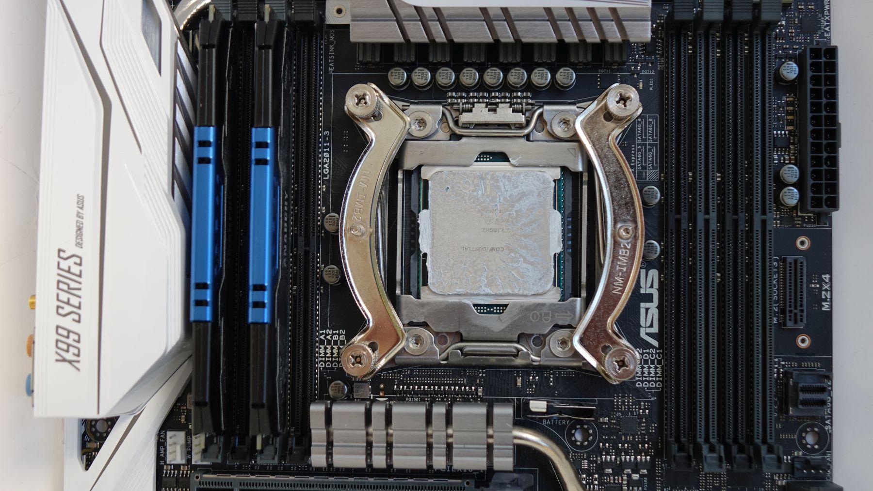 крепление и снимок пасты с процессора