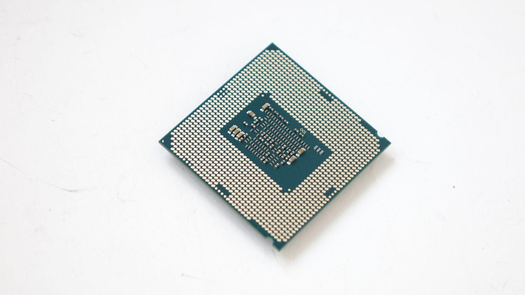 Intel Celeron G3900 контакты