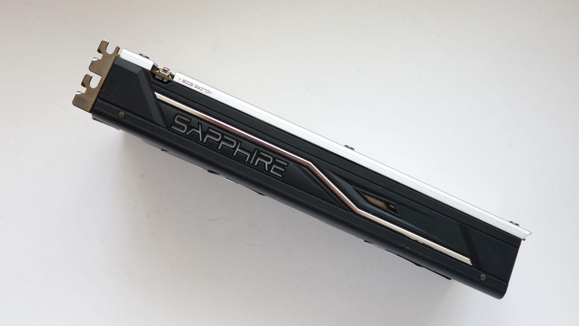 Sapphire NITRO+ Radeon RX 470 4G D5 OC side