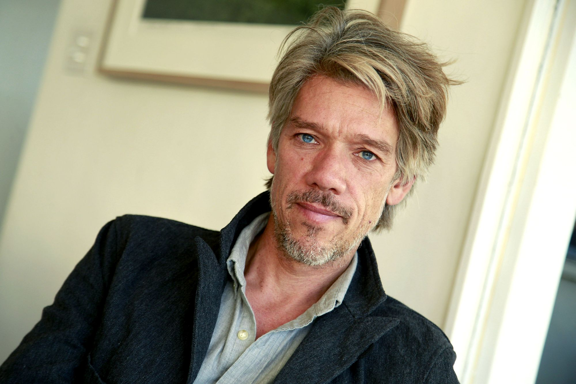 PACIFIC PALISADES, CA., NOVEMBER 22, 2016---Stephen Gaghan, screenwriter and director. He is noted for writing the screenplay for Steven Soderbergh's film Traffic, based on a Channel 4 series, for which he won the Academy Award, as well as Syriana which he wrote and directed.  (Kirk McKoy / LOS ANGELES TIMES)
