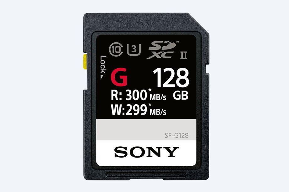 Сони анонсировала самую быструю SD-карту вмире
