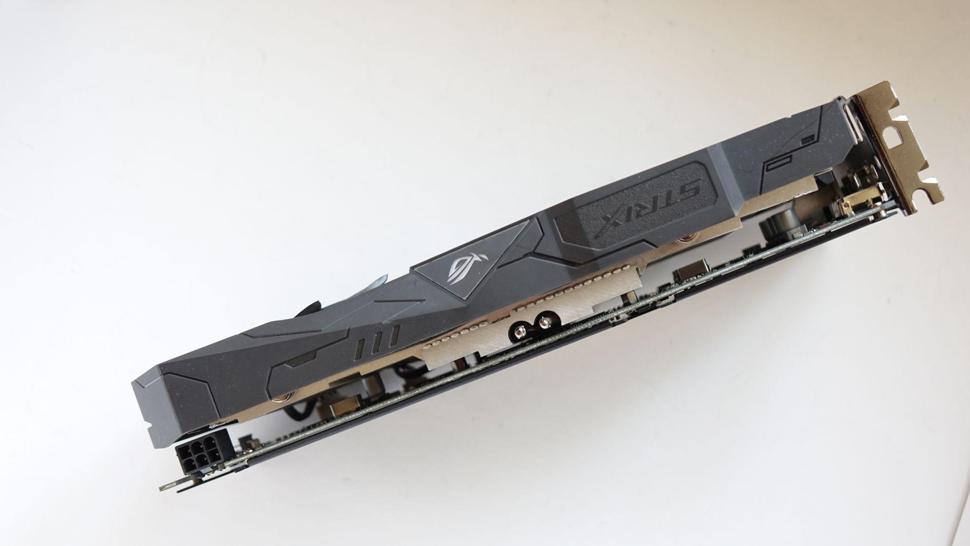 ASUS ROG Strix GTX 1050 side
