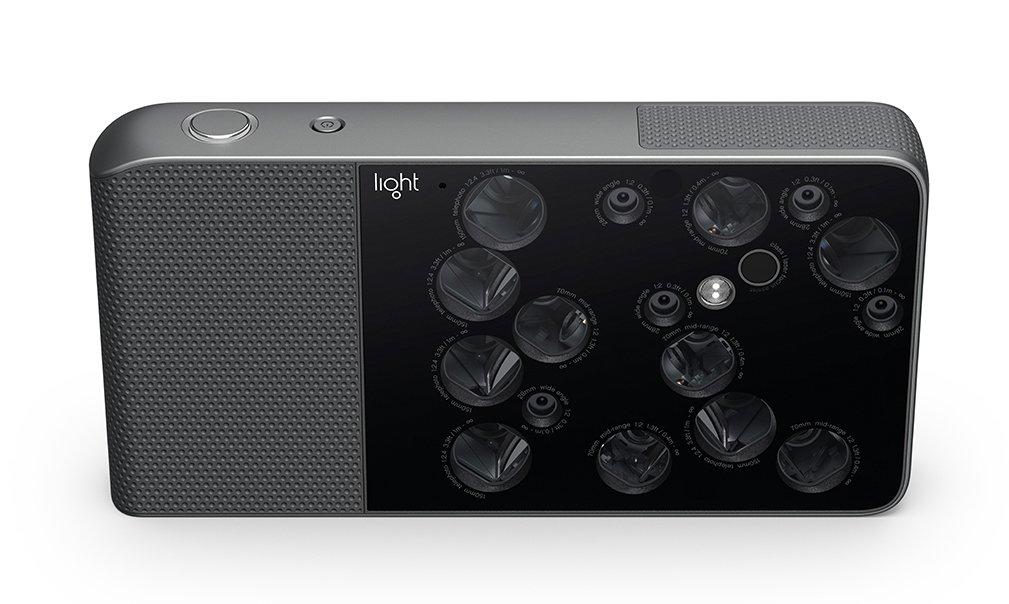 Камера с16-ю объективами появится впродаже летом