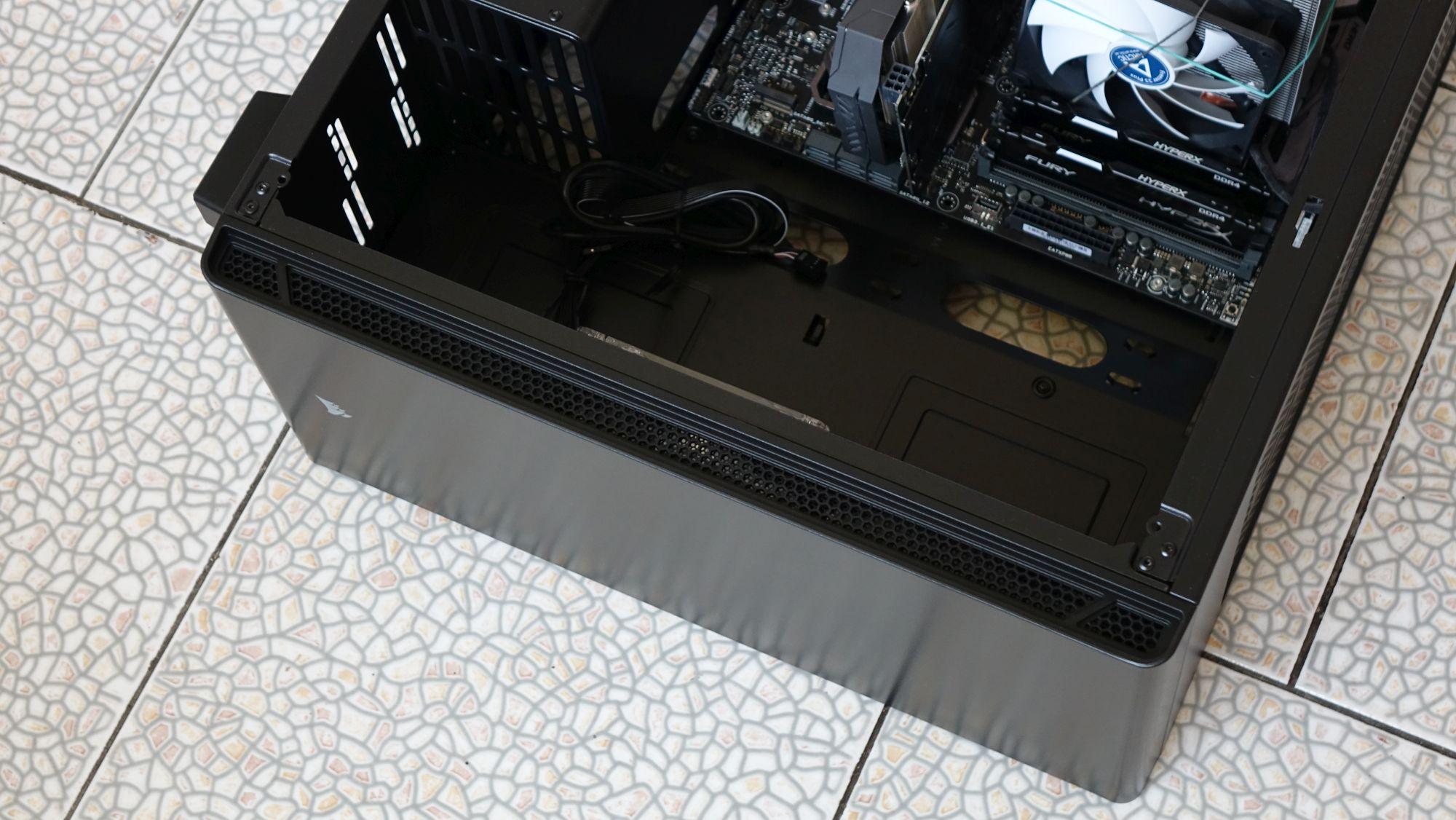 Corsair Carbide 270R передняя панель