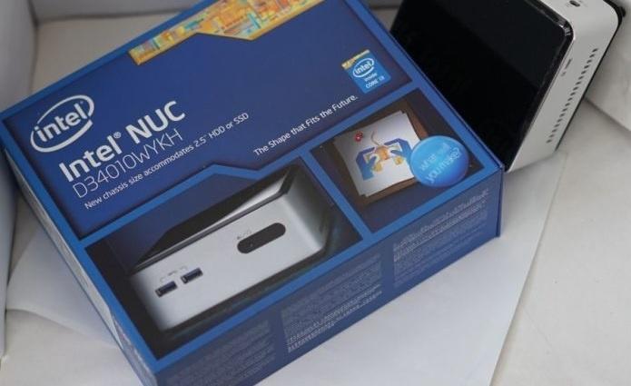 коробка Intel NUC D54250WYK