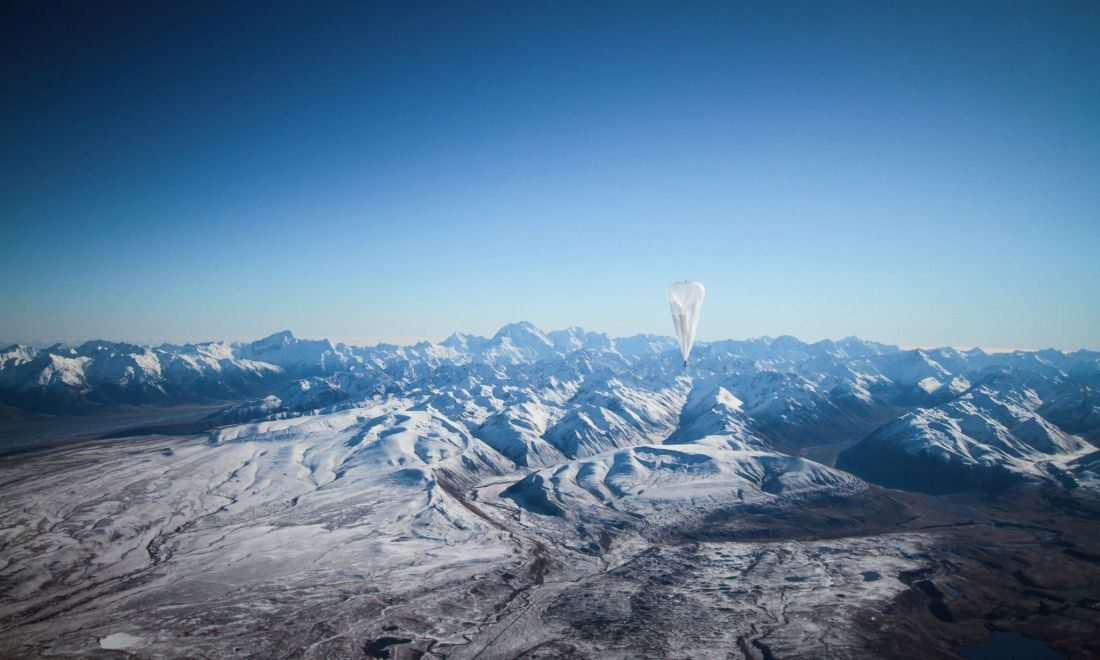 Google tests internet balloons