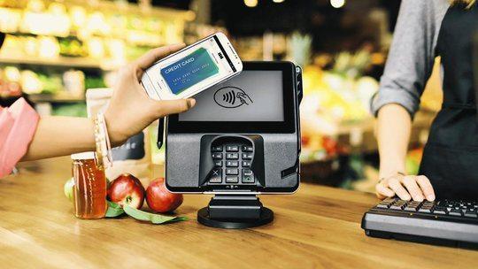 mollywood-apple-payments-videoSixteenByNine540