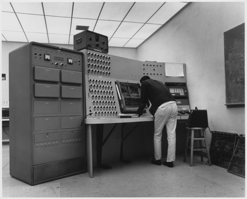Student-works-on-analog-computer-ca.-1965-