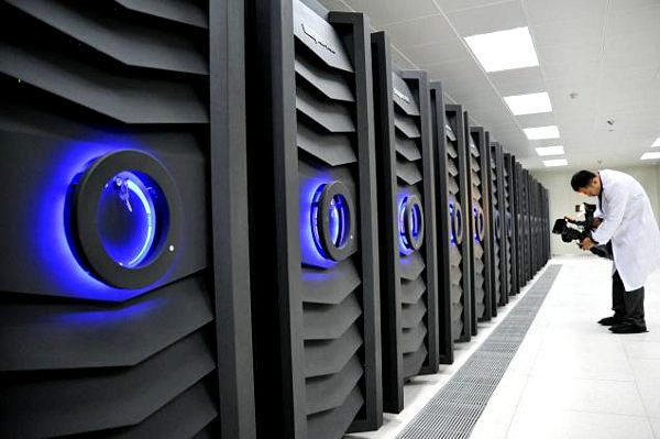 China-Sunway-Bluelight-supercomputer-one-petaflop-mark