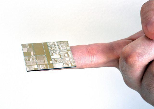 Intel+14nm+chip+2