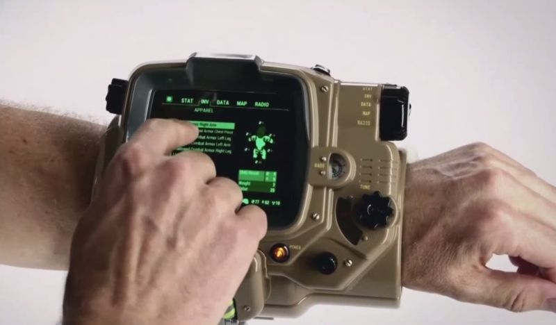 fallout-4-real-life-pipboy-stock-photo-on-wrist-xbox-one-ps4-pc-gameplay-screenshot