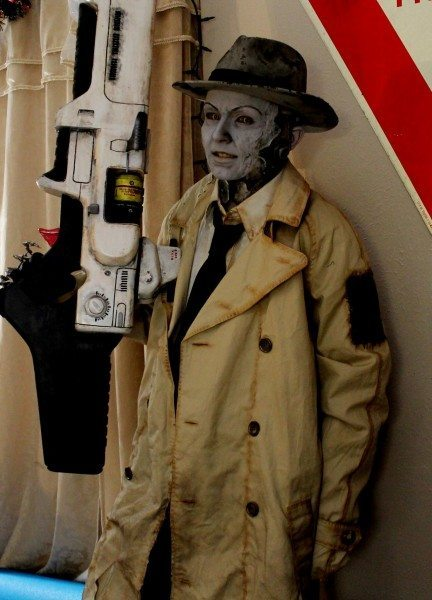 nick_valentine_cosplay_fallout4_1-432x600