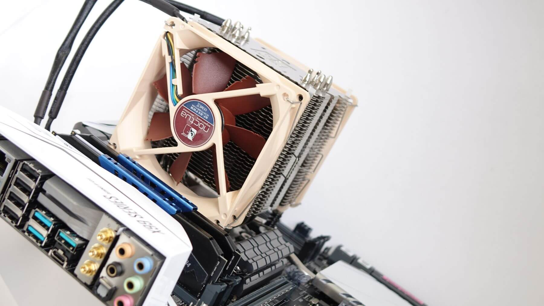 мини Noctua NH-U9DX i4