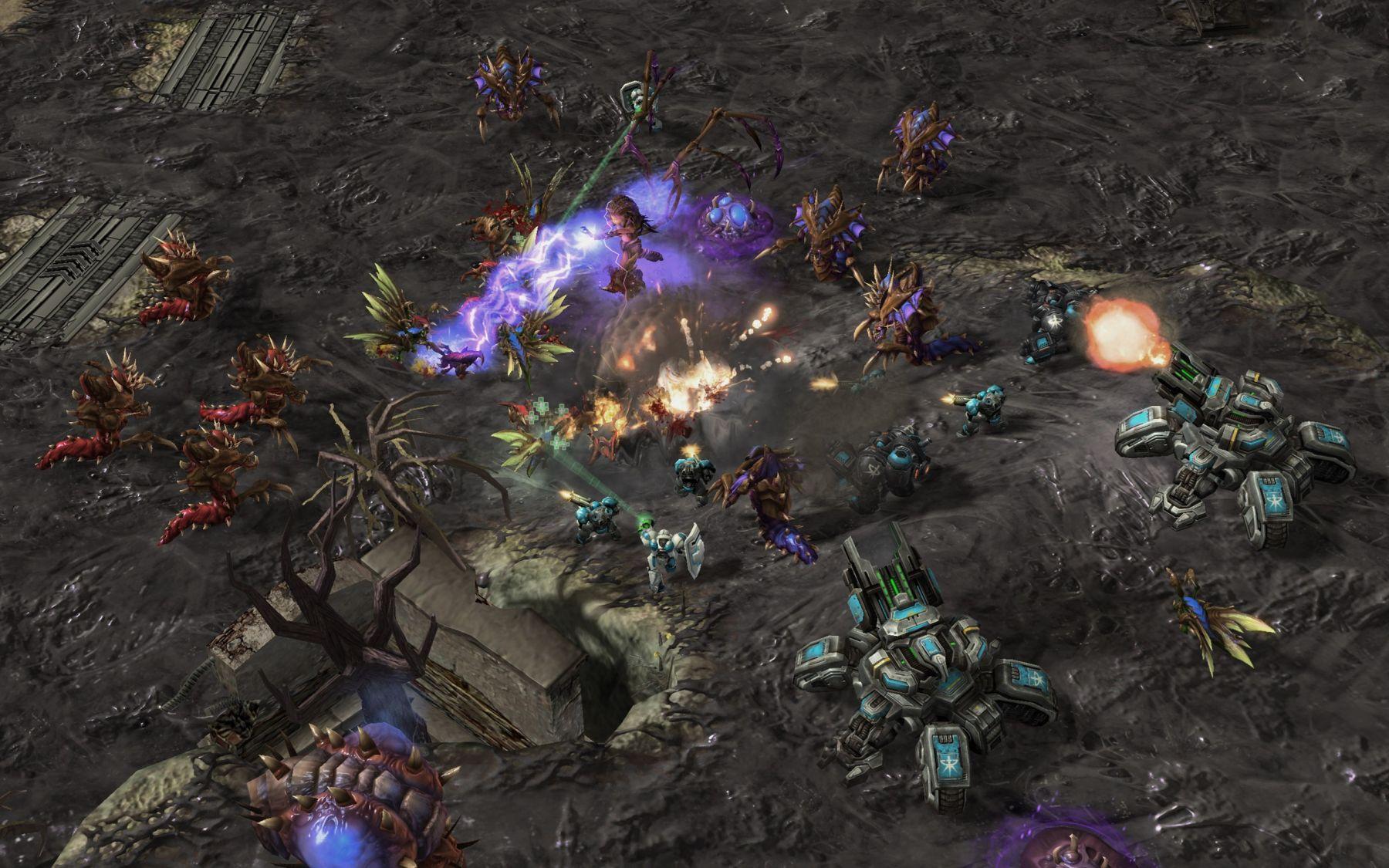 sc2_gamescom_allied_commanders_co-op_04_png_jpgcopy