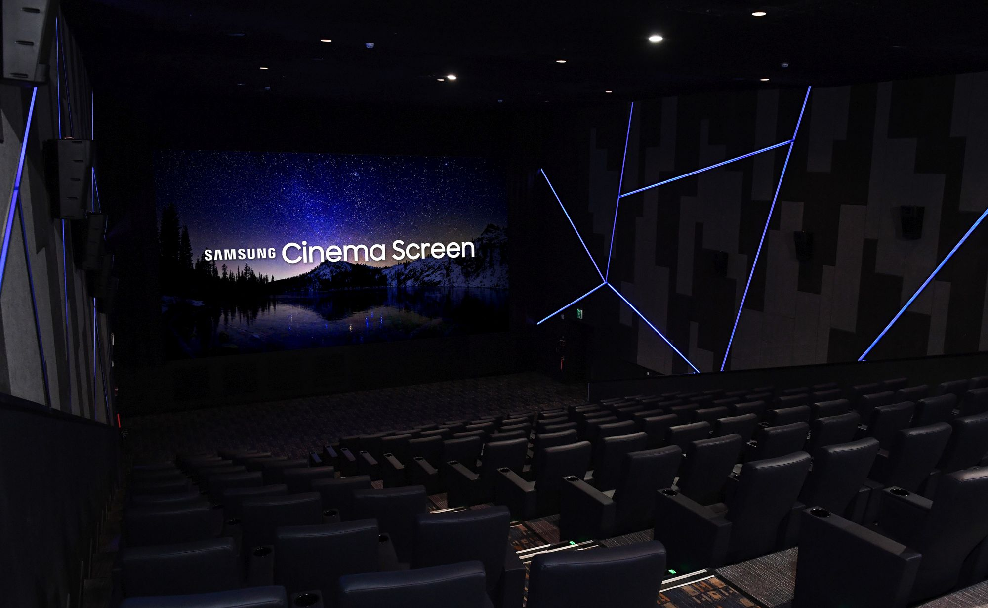Cinema-LED-Screen-Photo-for-Global-Press-Release-4