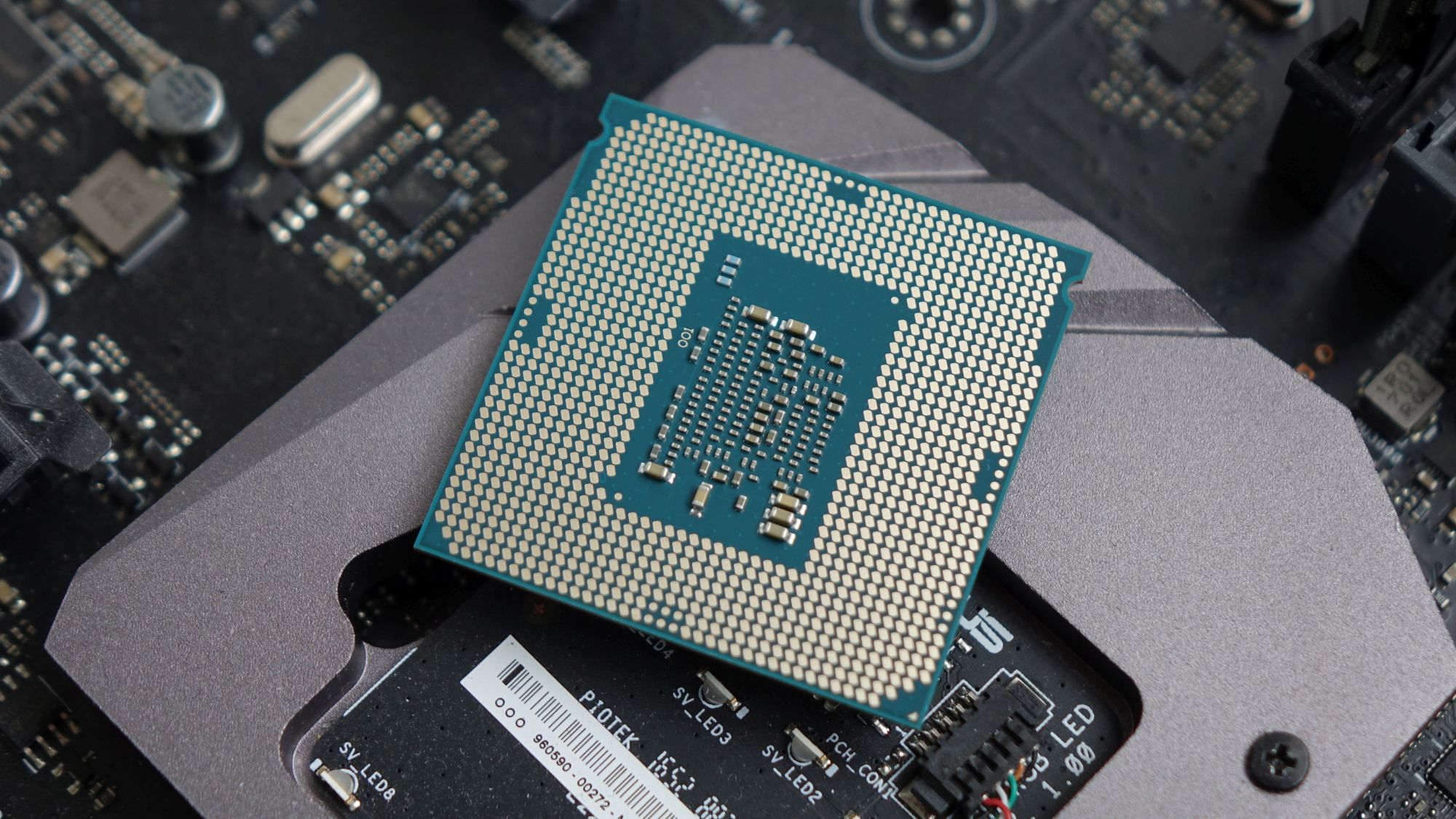 Intel Core i3-7320 контакты