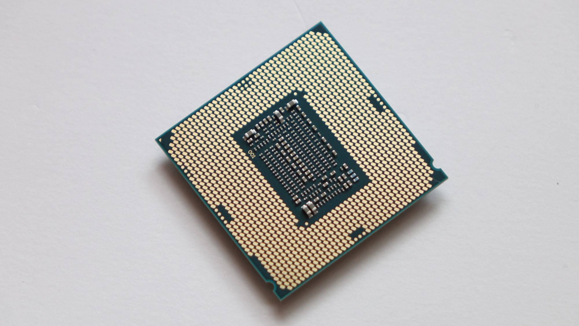 Intel Core i5-8400 контакты