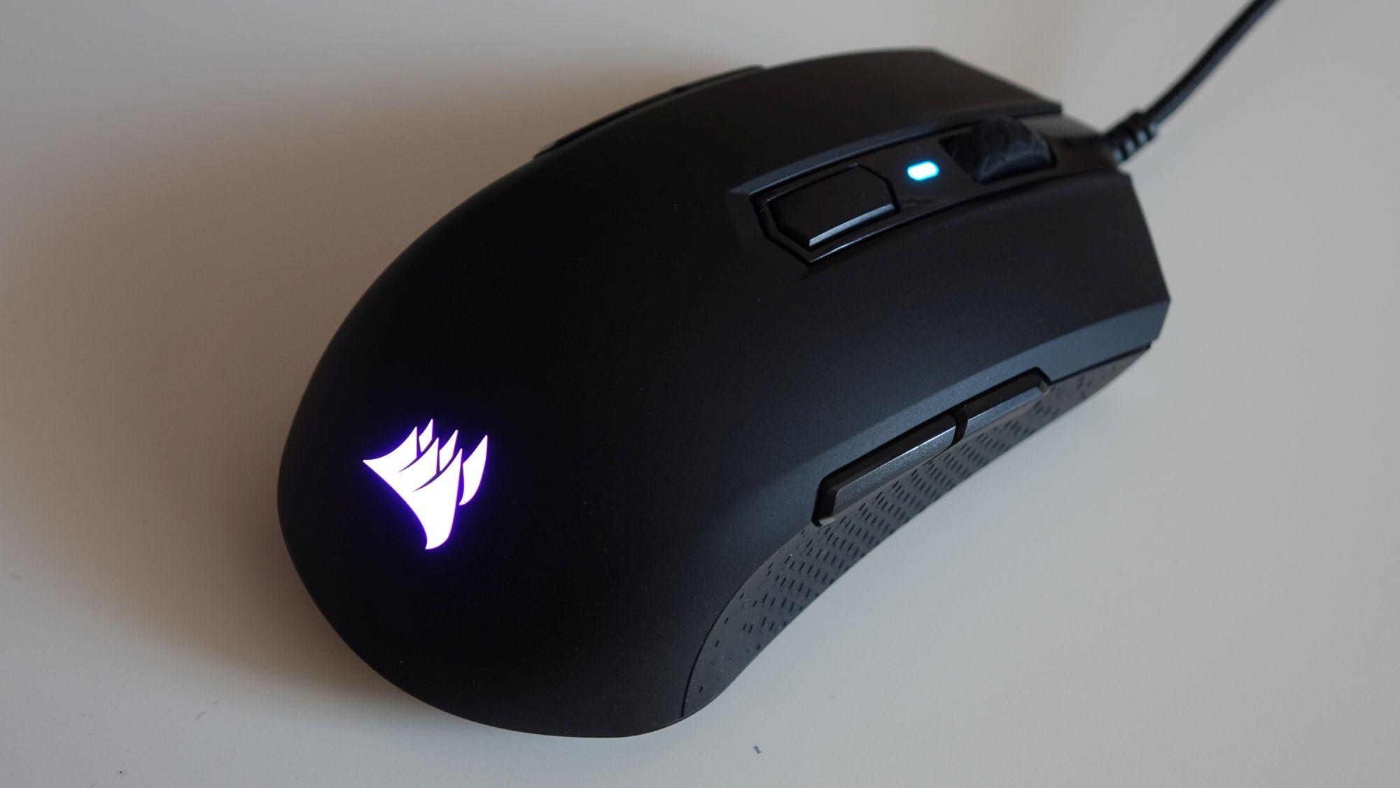 Corsair M55 RGB Pro подсветка
