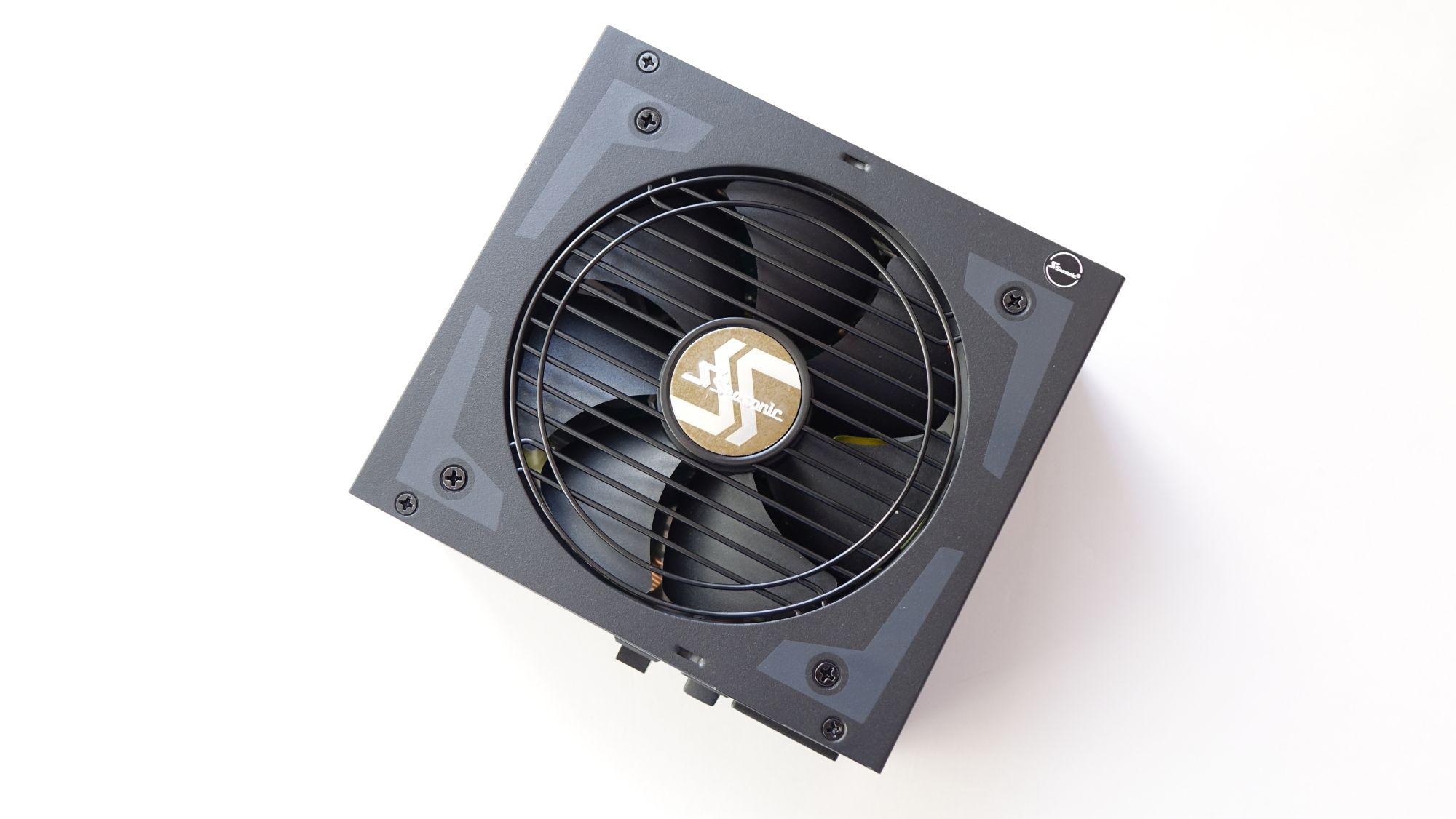 Seasonic Focus Plus Gold 550 Вт вентилятор