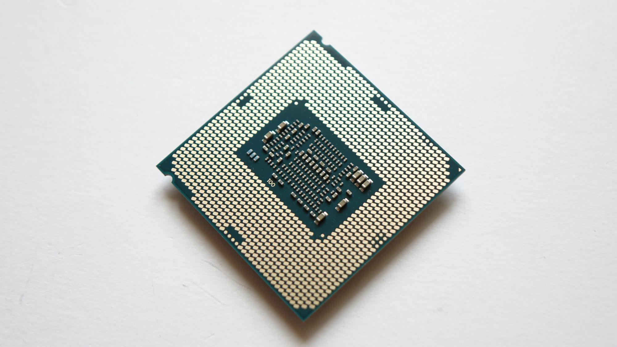 Intel Core i3-9350KF контакты