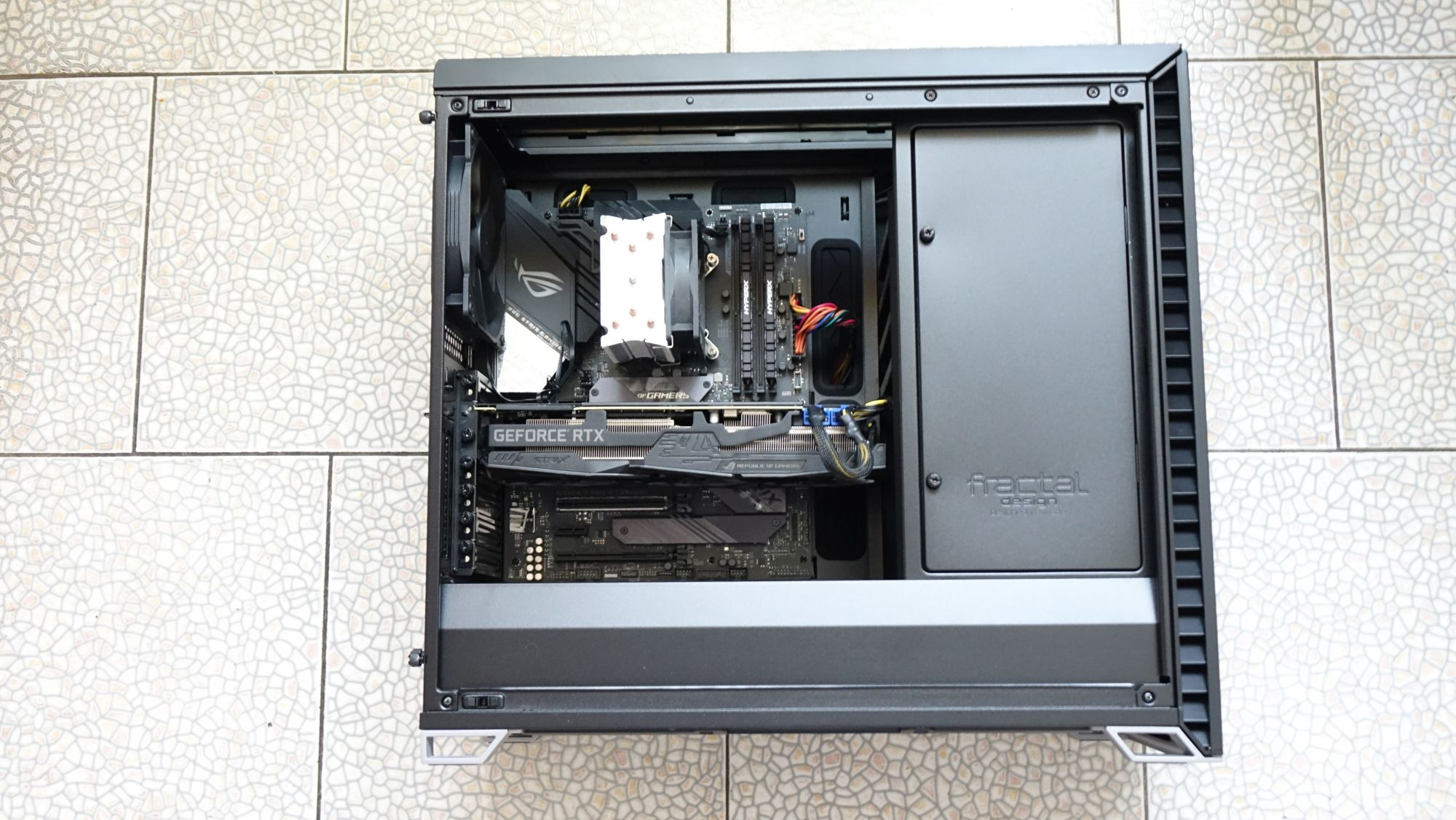 Fractal Design Vector RS Tempered Glass в сборе