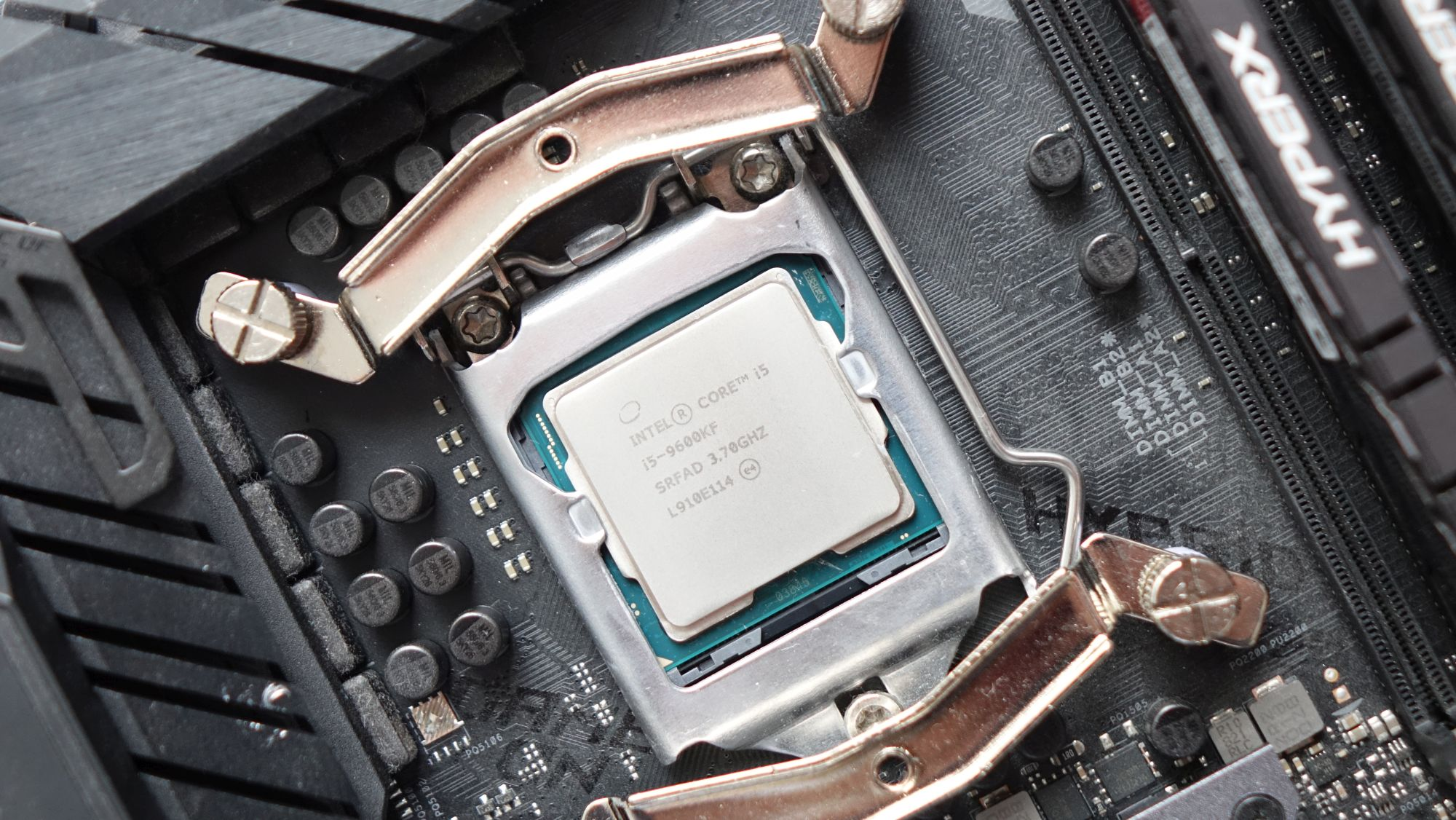 Core i5-9600KF