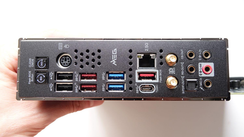 MSI MEG Z490 Unify разъемы